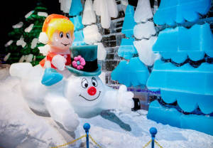 ICE! is open at Gaylord National Resort with a Frosty the Snowman theme through Jan. 4. (Photo: Gaylord National Resort)