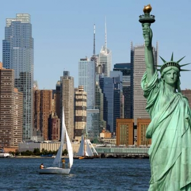 The Stature of Liberty overlooks New York Harbor. (Photo: Shutterstock)