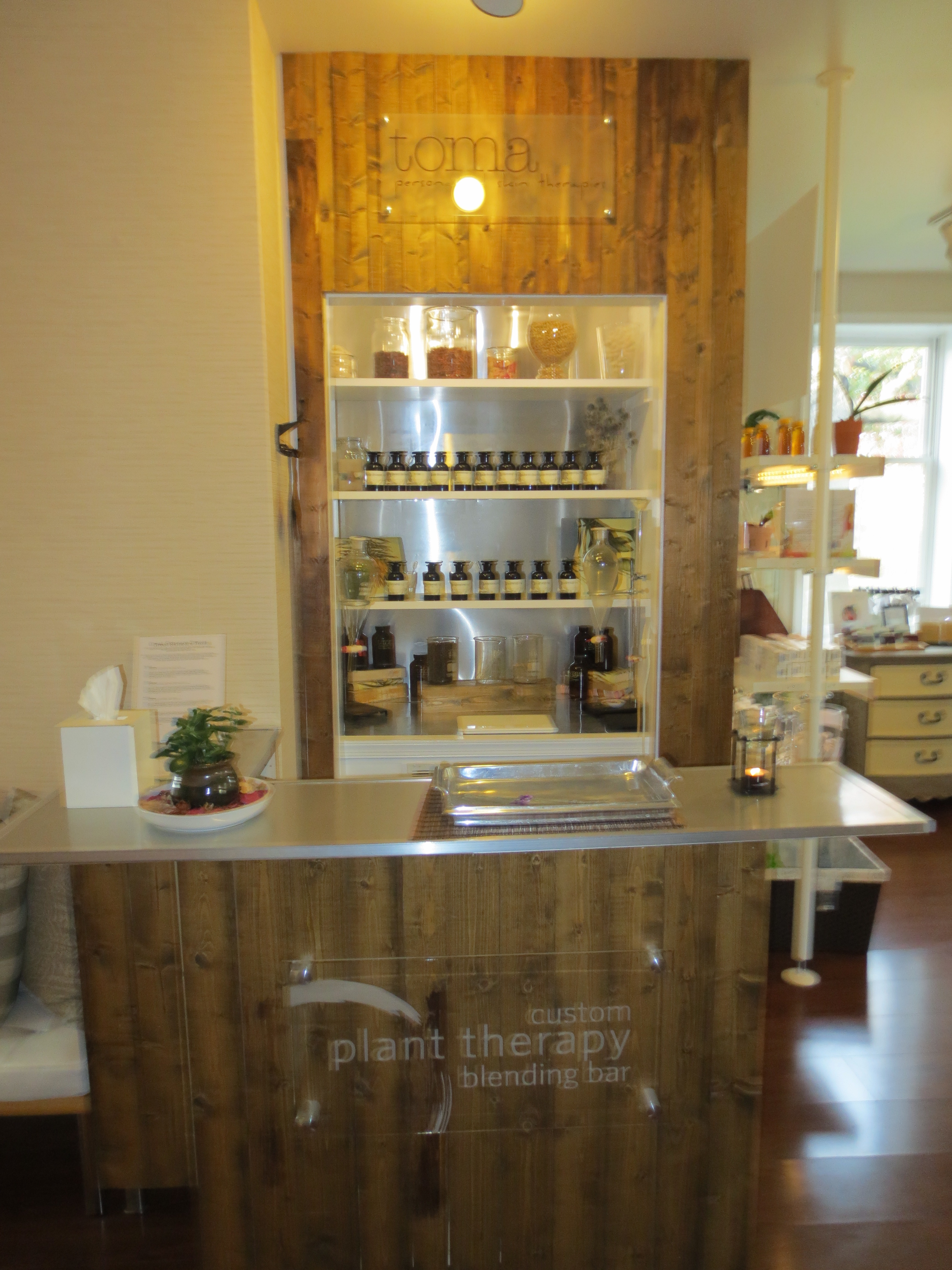 The custom blending bar for bespoke skin care (Photo: Lia Phipps/DC on Heels)