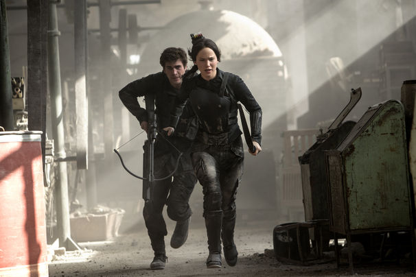 <em>The Hunger Games: Mockingjay - Part 1</em> starring Jennifer Lawrence took in $22.03 million last weekend  to lead the box office for a third consecutive weekend. (Photo: Murray Close/Lionsgate Entertainment)