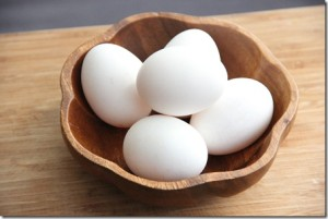 Eggs moisturize dry hair and add body and shine. (Photo: Glow Kitchen)