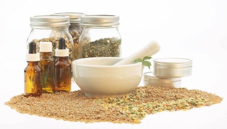 Naturopaths prescribe healthy food and supplements to help the body heal itself (Photo: level42.co.za)