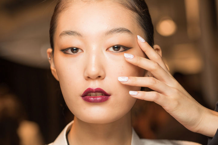 Spring's perfect plum lip (Photo: Mark Leibowitz)