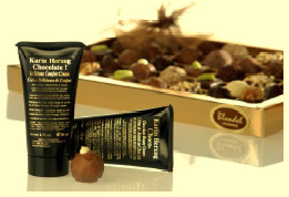 Lavish your skin with moisture with Karin Herzog Chocolate! Skin Cream (Photo: Karin Herzog)