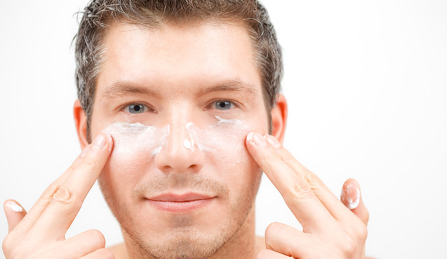 Good skin care can preserve your boyish good looks (Photo: Shutterstock)