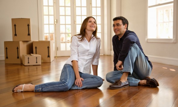 Moving in together is a major step in your relationship. (Photo: www.mindfullivingnetwork.com)
