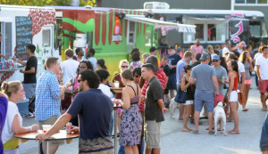 Visitors in Baltimore sample food truck fare.  (Photo: Karen Jackson/Baltimore Sun)