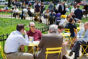 Picnickers enjoy lunch in Farragut Park. (Photo: Golden Triangle BID)