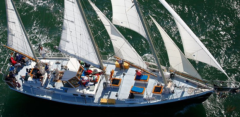 Guests will sail the Chesapeake Bay on the Liberte schooner. (Photo: Liberte)