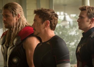 Thor (Chris Hemsworth, l to r), Iron Man/Tony Stark (Robert Downey Jr.) and Captain America/Steve Rogers (Chris Evans) in