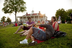 Visitors enjoy the views from the lawn of Mount Vernon. (Photo: Mount Vernon Estate)