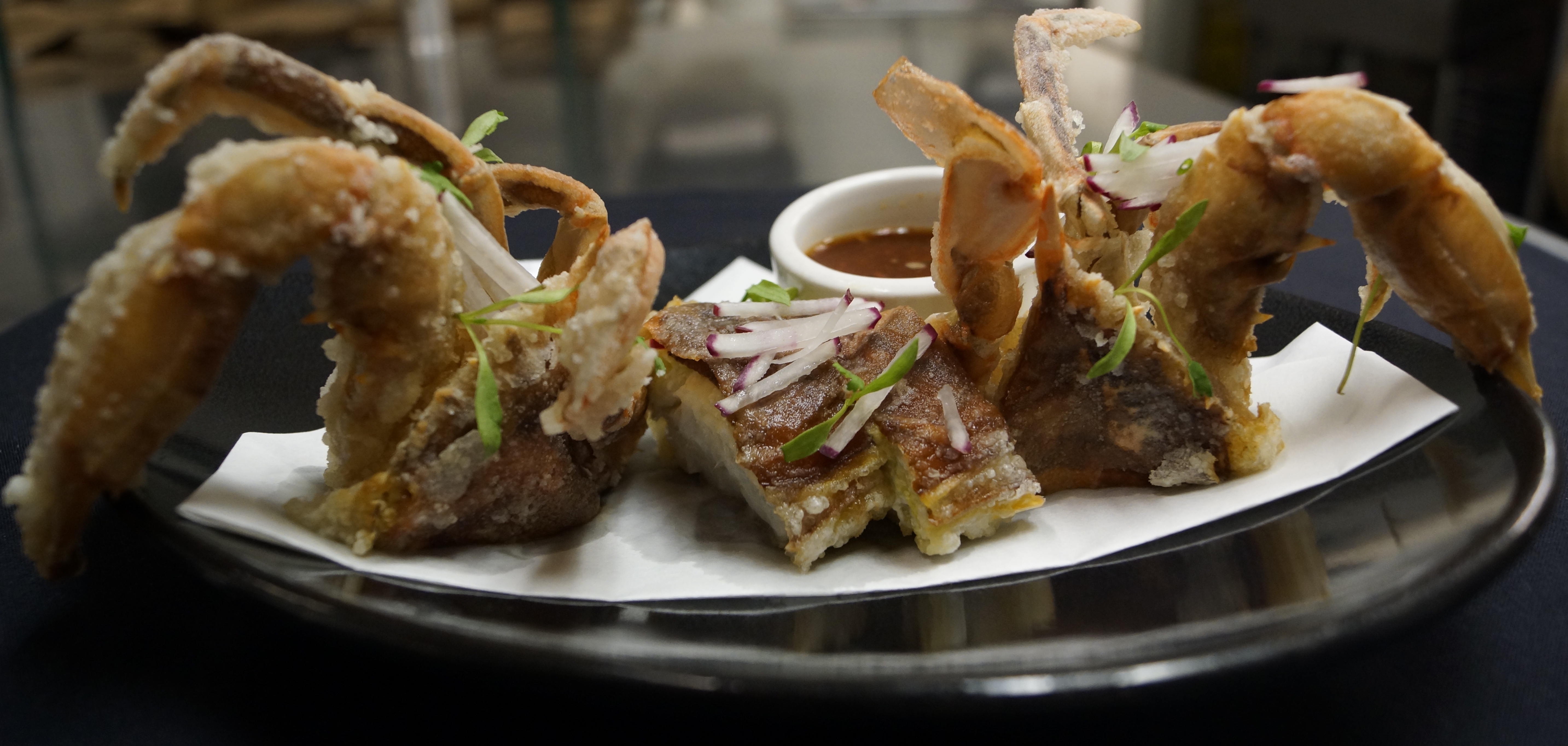 Sushiko is serving fried softshell whale crabs.. (Photo: Sushiko)