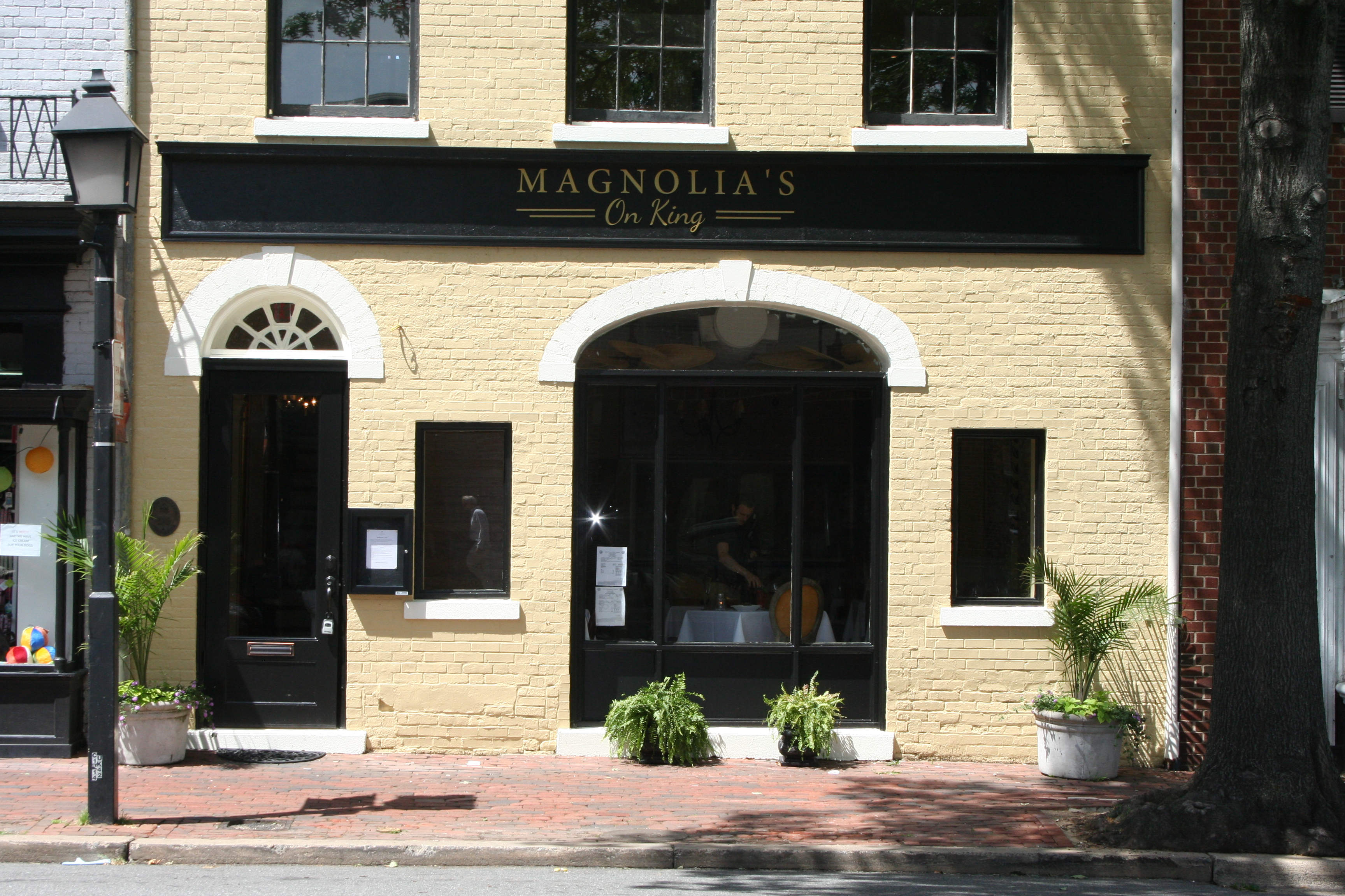 Magnolia's on King will open in Old Town on Wednesday. (Photo: Mark Heckathorn/DC on Heels)