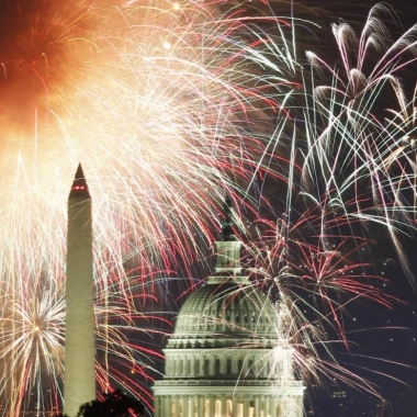 Fireworks light up the sky over the Washington Monument and the Capitol dome. (Photo: Reuters)