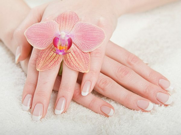 Pamper your hands with luxury spa manicures (Photo: Thinkstock)