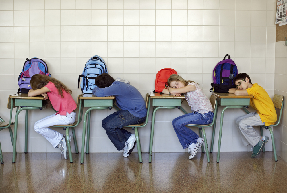 Students who don't get enough sleep have poor concentration at school. (Photo: ThinkStock)