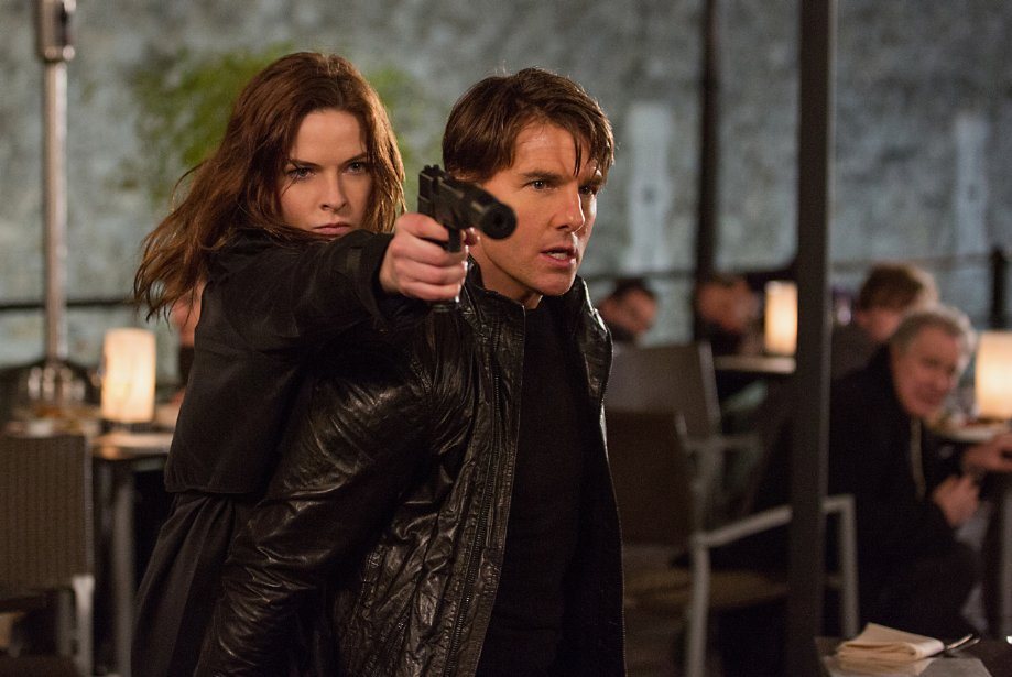 "Rebecca Ferguson and Tom Cruise in ""Mission: Impossible - Rogue Nation."" (Photo: Chiabella James/Paramount Pictures)"