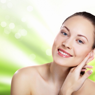 You must take care of your face to maintain its beauty. (Photo: iStock)