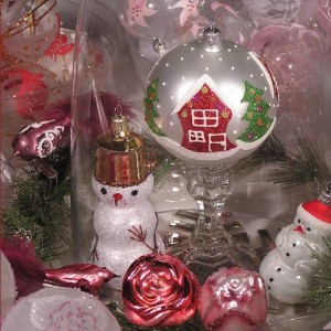 The Embassy of the Slovak Republic's holiday market will feature Czech and Slovak glass ornaments. (Photo: Embassy of the Slovak Republic/Facebook)