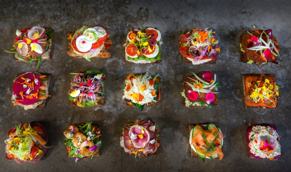 Ambar's lunch menu features 15 open-face sandwiches on gluten-free rye bread. (Photo: Ambar)