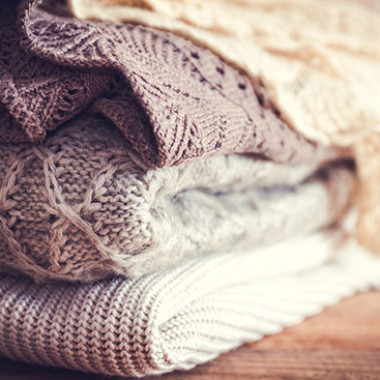 Follow a color story when choosing items for your fall/winter wardrobe. (Photo: Shutterstock)