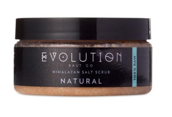 Sea salt purifies and moisturizes the skin. (Photo: Evolution Salt Co.)