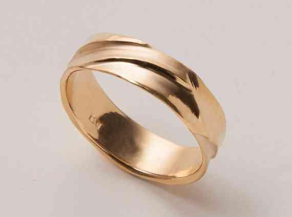 Man-gagement rings are becoming more popular. (Photo: Doron Merav)