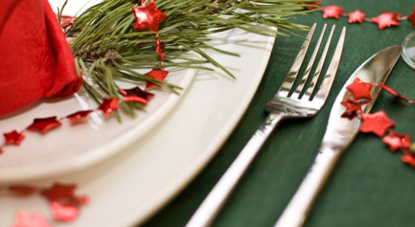 With food everywhere you look, difficult relatives and pressure to create perfect memories, the holidays can be a tough time for those who struggle with eating disorders. (Photo: Dmitrly Kogan/Thinkstock)