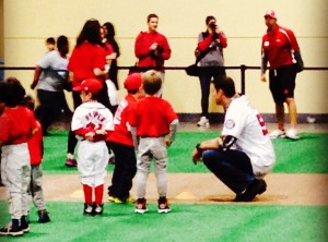 Doug Fister gives pitching instructions at last year's Nationals Winterfest. (Photo: Zach Dulli/Instagram)