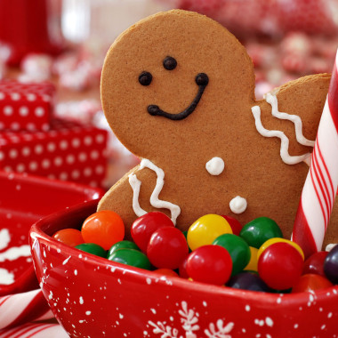 We all love our sugar, especially during the holidays. But a study shows that the FGF21 hormone made in the liver suppresses consumption of simple sugars. (Photo: christmasxcite.com)