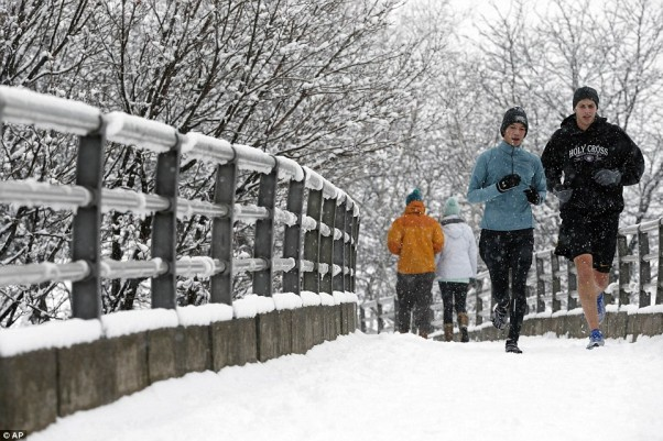 If you exercise outdoors in winter, dress properly in layers that you can remove as your warm up. (Photo: AP)