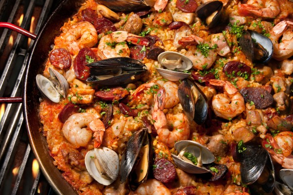 Learn to make Paella Valenciana and other Spanish dishes with chef Greg Basalla at G on Tuesday. (Photo: Chowhound)