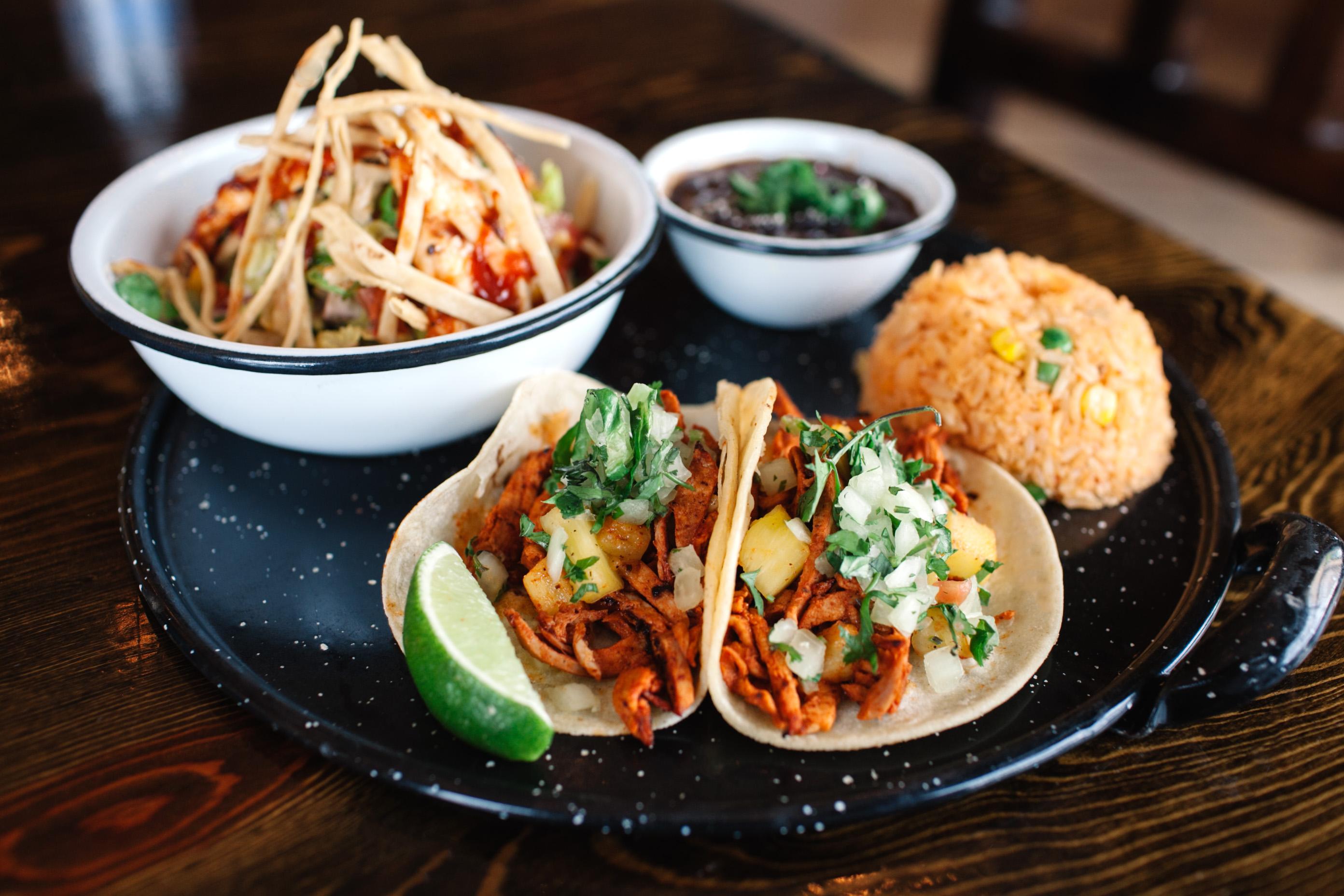 La Sandia in Tysons Corner is now serving a Vámonos Express Lunch for $9.95. (Photo: La Sandia)