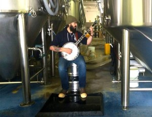 Bring your instrument Sunday and Atlas Brew Works will provide the sitting material. (Photo: Atlas Brew Works)