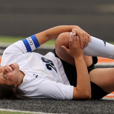 A study by researchers from The University of Texas Medical Branch at Galveston found women on the birth control pill are less likely to suffer ACL injuries. (Photo: The Soccer Mom Manual)