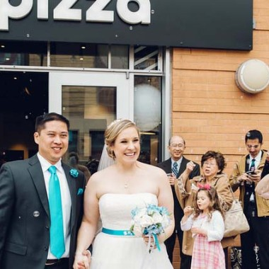 Jon Julio and Jennifer Bester leave &pizza after their wedding Monday. (Photo: Rachel Couch for Pop! Wed Co.)