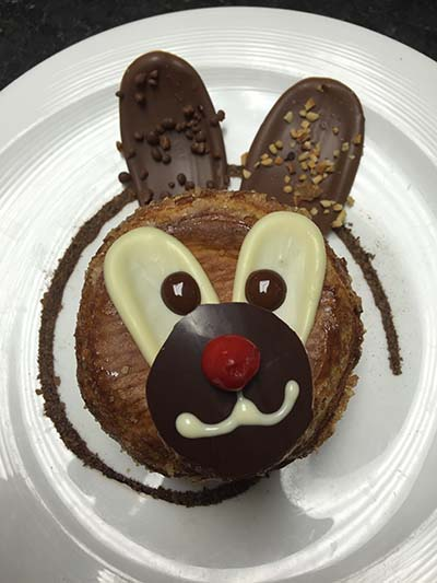 Et Viola! is featuring a special Arthur the Rabbit dessert for Easter. (Photo: Et Viola!)