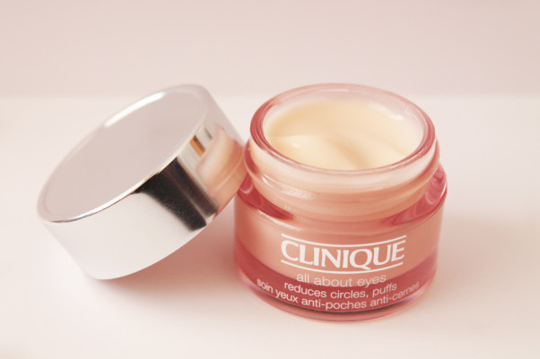 Clinique's eye cream is a moisturizing solution for under-eye problems. (Photo: Beauticool.com)