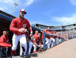Bryce Harper takes the field prior to a spring training game against the New York Mets. (Photo: Stacy Revere/Getty Images)