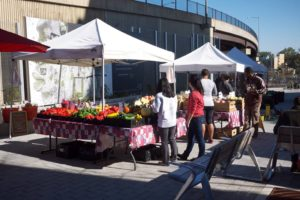 Shoppers browse the wares at last year's Monroe Street Farmers Market. (Photo: Monroe Street Farmers Market)