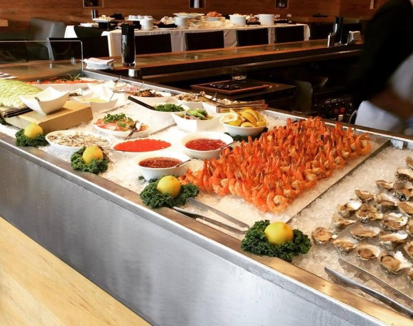 The raw bar at Black's Bar & Kitchen is available as part of the unlimited Sunday brunch or by itself as part of the build-your-own-brunch option. (Photo: Black's Bar & Kitchen/Facebook)