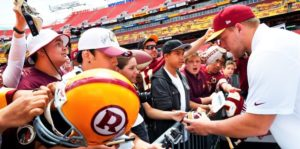 2015 First-Round Draft pick Brandon Scherff signs autographs at the Redskins Draft Day Party last year. (Photo: Toni L. Sandys/The Washington Post)