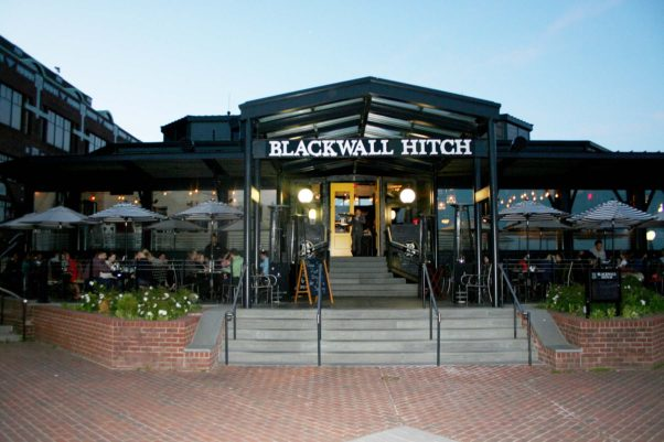 Blackwall Hitch at Old Town's Torpedo Factory serves new American cuisine with influences from the Chesapeake Bay. (Photo: Mark Heckathorn/DC on Heels)