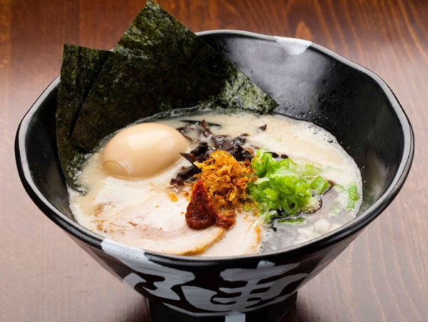 Jinya specializes in porky tonkotsu-style ramen, but will offer five broths, rice bowls and small plates. (Photo: Jinyu Ramen Bar)