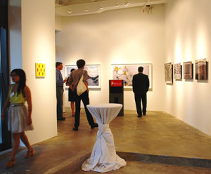 Bethesda art galleries open for free the second Friday of every month during the Bethesda Art Walk. (Photo: Bethesda Urban Partnership)