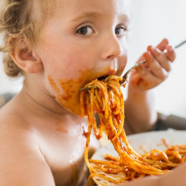 A recent study by Kings College London researchers did not find a link between meal time and obesity. (Photo: Getty Images)