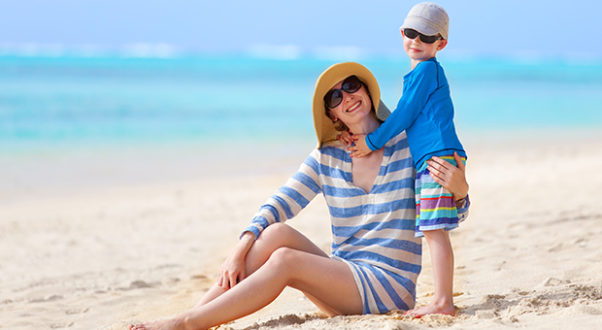 UV clothing, which has an SPF between 30 and 50, is a good alternative to sunscreen. (Photo: Thinkstock)