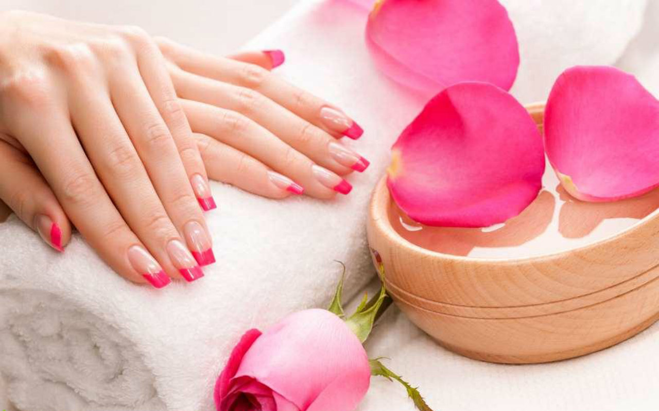 The Best Nail Colors for Spring 2016 | DC on Heels