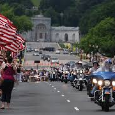 Rolling Thunder brings thousands of motorcycles to the DMV over Memorial Day weekend. (Photo: Wikipedia)