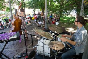 The After Hours Duo performs at the 2015 Takoma Park JazzFest. (Photo; smata/Flickriver)
